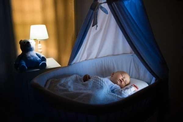 Все о том сколько спит днем ребенок в 5 месяцев