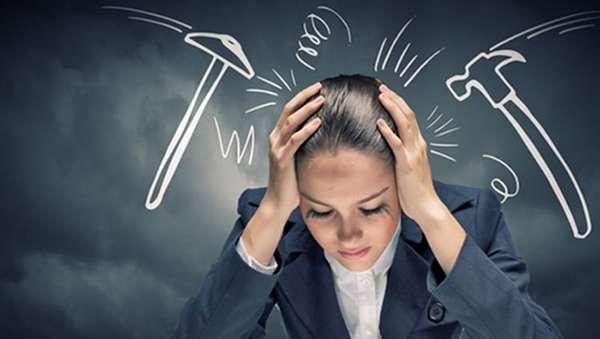 Одним из факторов, которые могут спровоцировать появление такого новообразования, является постоянный стресс.