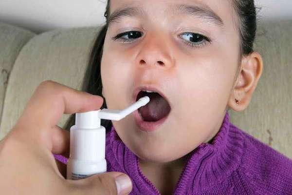 мирамистин для детей до года для горла