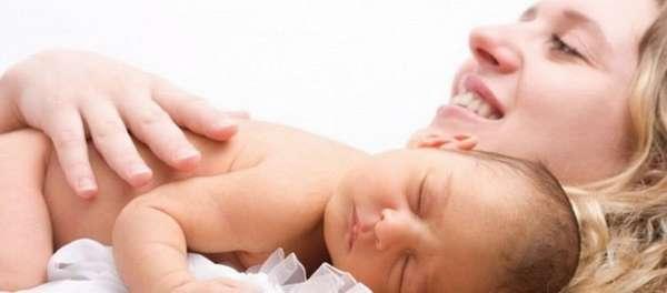Что означают кровянистые выделения при беременности