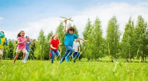 В большинстве случаев после успешной операции ребенок чувствует себя хорошо, а к подростковому возрасту с него и вовсе снимают все ограничения.