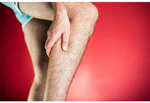 Болит нога