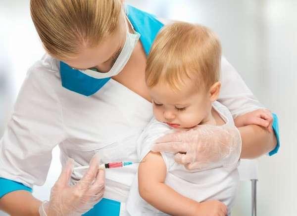 Вакцинация этим препаратом осуществляется соответственно с национальным календарем прививок.