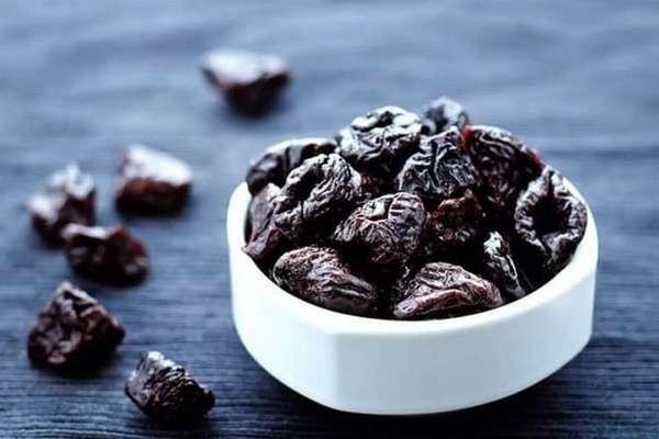 Чем полезен чернослив при грудном вскармливании