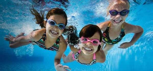 как научить ребенка плавать в 10 лет,