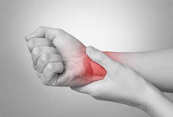 воспаленный сустав руки