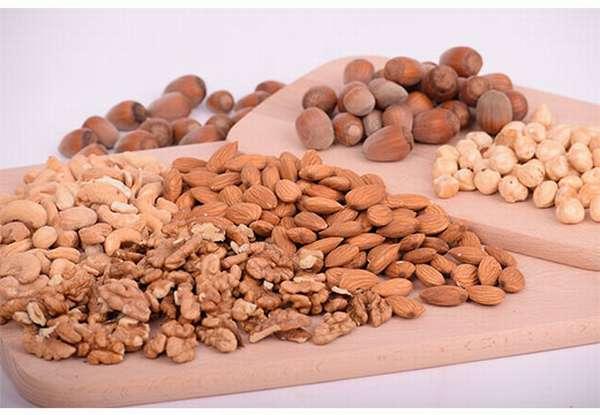 Миндаль и арахис
