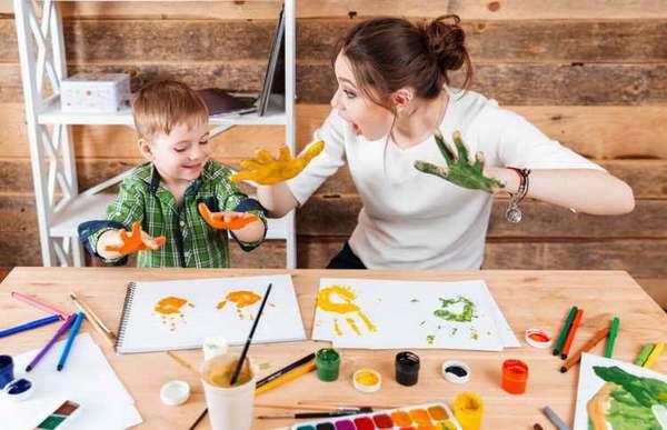 как научить ребенка рисовать человека поэтапно