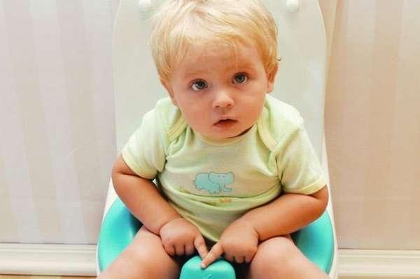 Понос у ребенка в 2 года может быть симптомом инфекции.