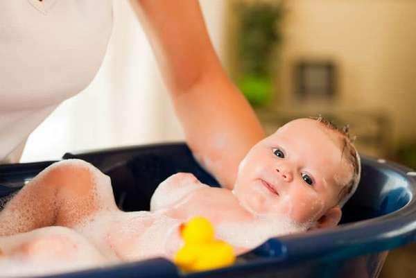 Гигиена и уход за новорожденным ребенком
