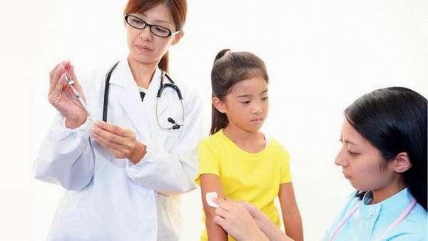 В нашем материале вы узнаете действительно ли большинство врачей против прививок