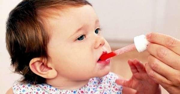 Понос у ребенка в 1 год может быть спровоцирован как новыми продуктами, так и приемом некоторых медпрепаратов.