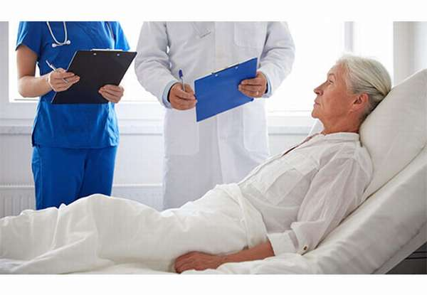 обследование лежачего больного