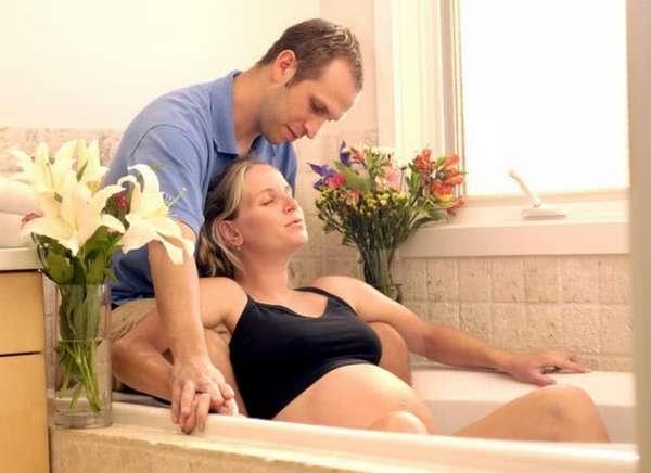 Роды в ванне тоже очень популярны.