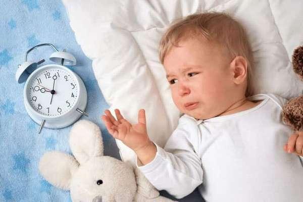Что делать если ребенок 5 месяцев плохо спит днем
