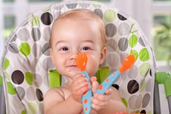 Рацион годовалого малыша уже разнообразный и богатый.
