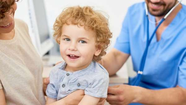 Острый обструктивный бронхит у детей сможет прослушать опытный врач.
