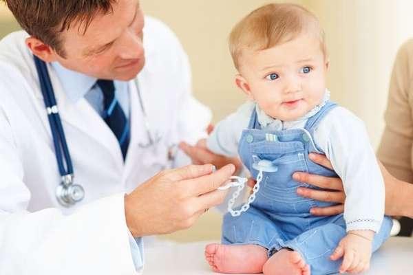 Правильное средство от поноса для детей назначит врач.