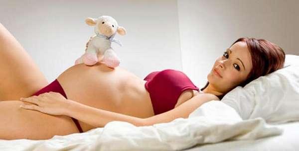 Многих женщин интересует красивое белье для беременных, но оно в первую очередь должно быть еще и удобным и натуральным.