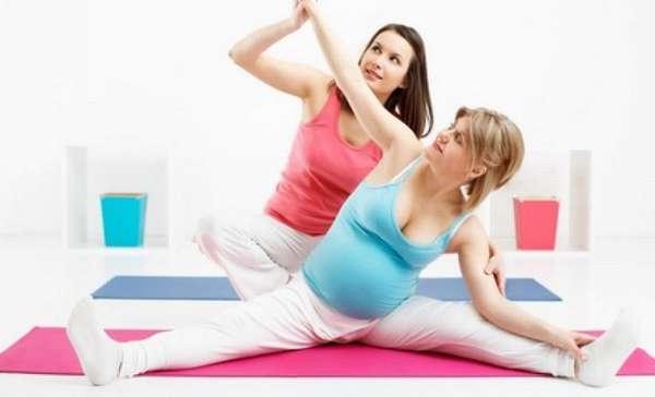 Посмотрите также видео о йоге для беременных.
