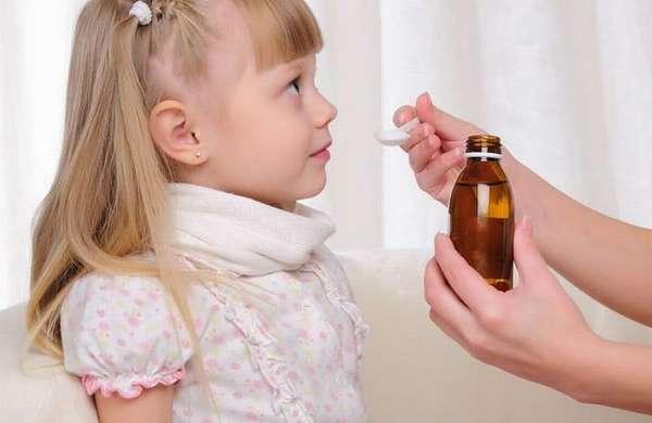 Лечение герпетической ангины у детей проходит обычно в домашних условиях.