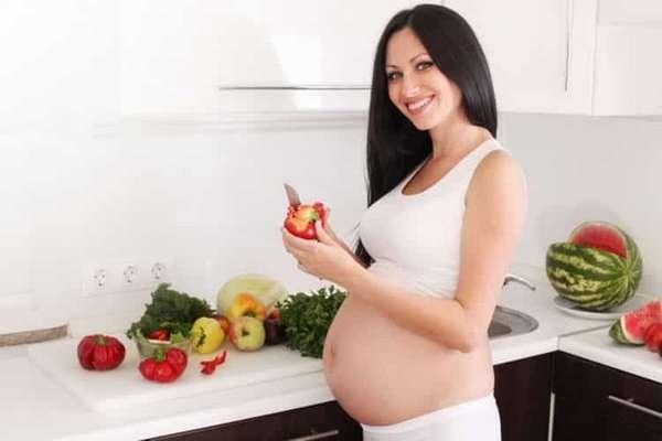 Питание при беременности: что нужно есть