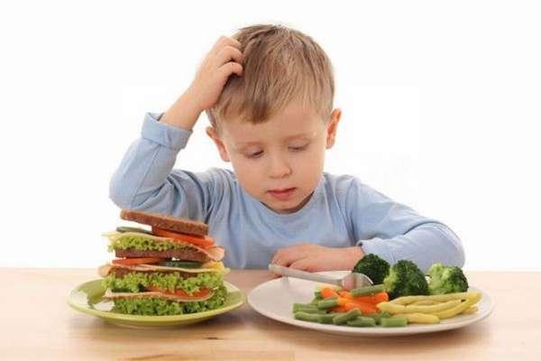 очень важно соблюдать правильное питание ребенка при таком недуге.