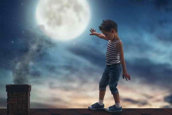 почему дети скрипят зубами во сне причины