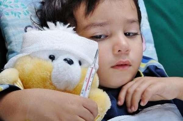 Если ребенок часто болеет, он тоже может отставать в росте.